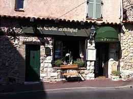 LA TOUR ANTIQUE